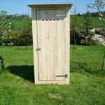 Toaleta drewniana