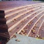 Taras, schody drewniane.